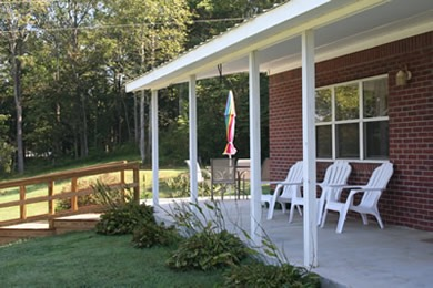 The country farm house east port marina and resort for Country porch coupon code