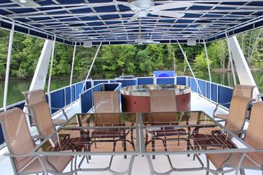 Freedom Houseboat Hot Tub East Port Marina