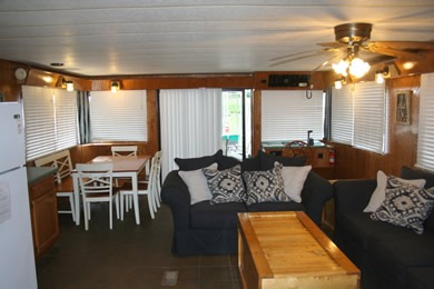 Houseboat Good Times Living Room Dale Hollow Lake