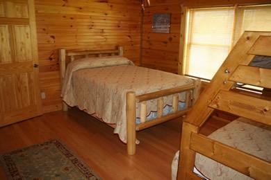 Log Cabin Anglers Cove Bedroom 3 Dale Hollow Lake