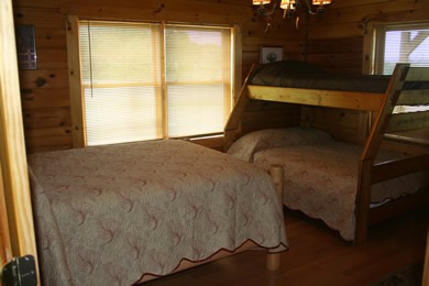 Log Cabin Anglers Cove Bedroom 4 Dale Hollow Lake