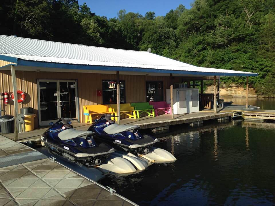 Marina at Dale Hollow Lake - East Port Marina and Resort
