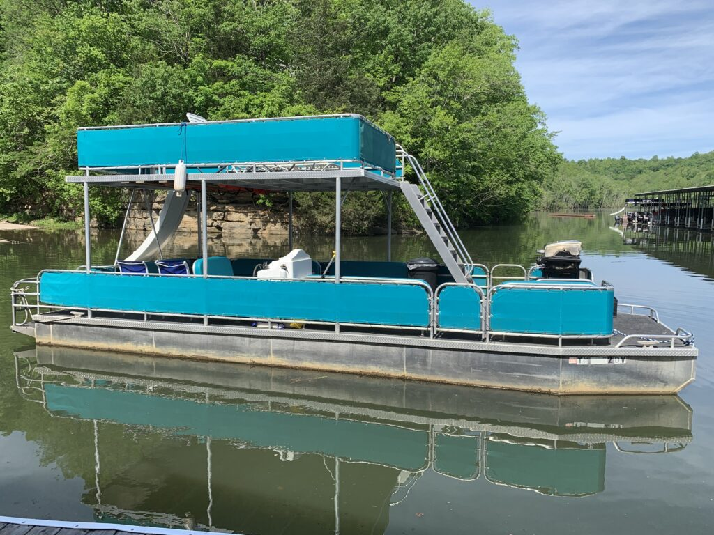 Fishing Boat / Pontoon / Ski Boat Rental - East Port Marina